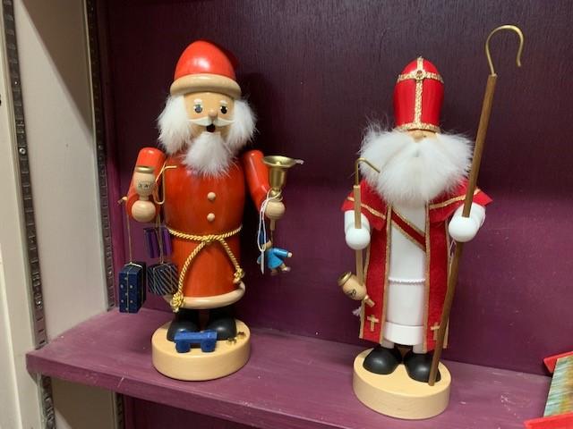 Smoker Santas